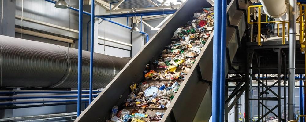 Máquina Transporte de Residuos Industriales